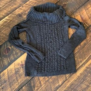 Brown sweater, nice style, great condition